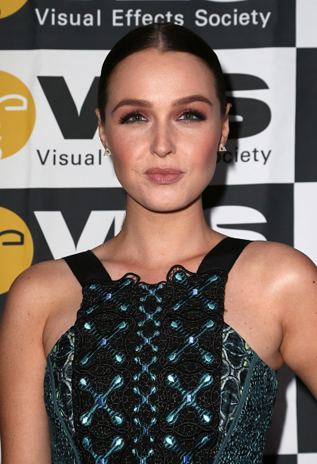 2016-VES-Awards-Camilla-Luddington-Face-1024x1501