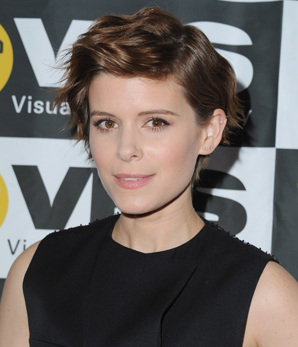 2016-VES-Awards-Kate-Mara-Makeup-1024x1190