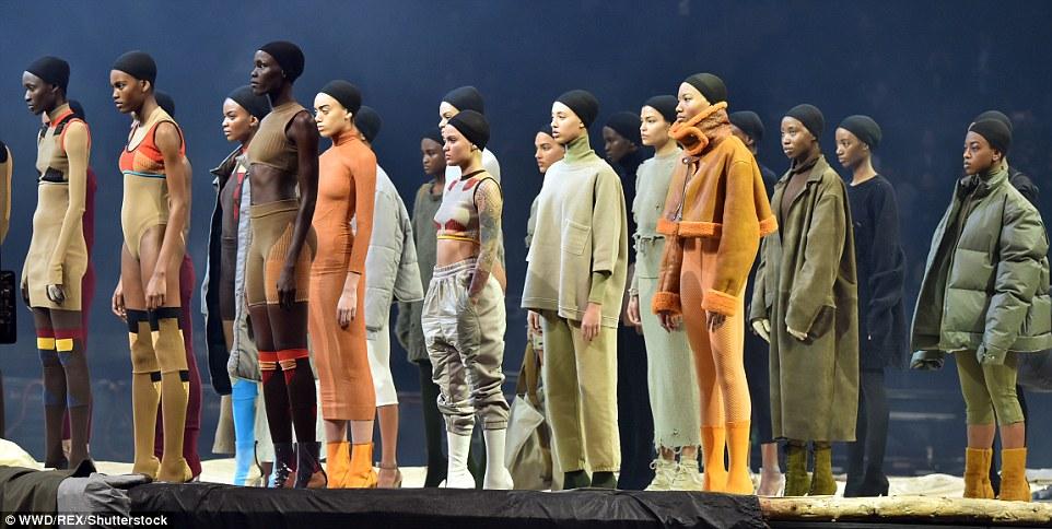 kanye-west-yeezy3-fashion-show-madison-square-garden