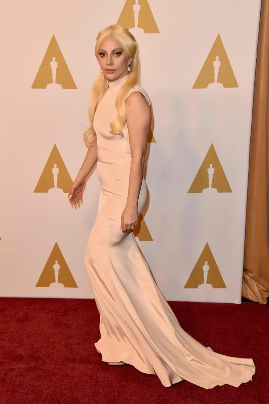 88th-Annual-Academy-Awards-Nominee-Luncheon-Lady-Gaga-2016-1024x1537