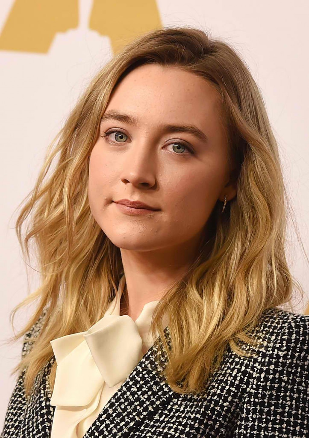 88th-Annual-Academy-Awards-Nominee-Luncheon-Saoirse-Ronan-Makeup-1024x1450