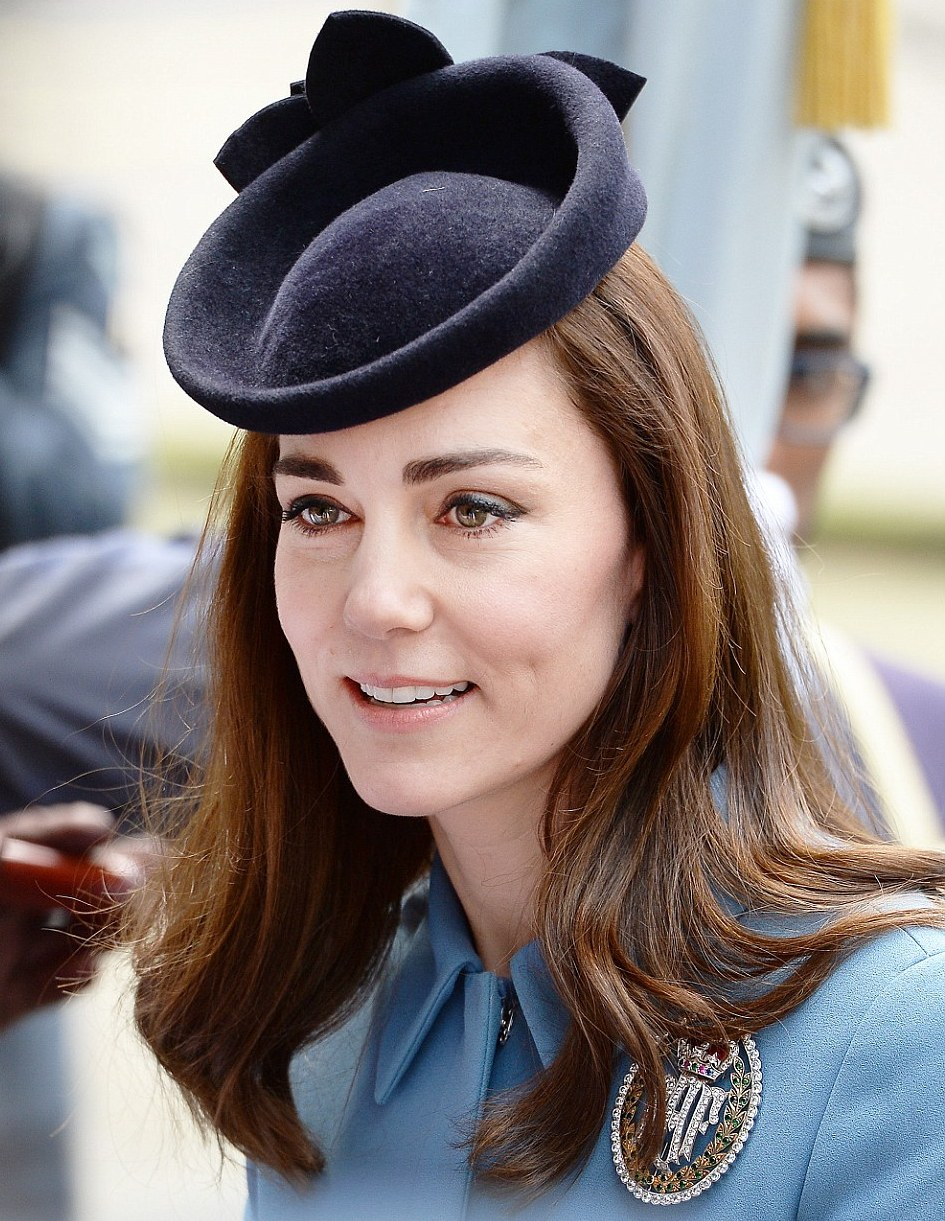 Air-Cadets-75th-anniversary-Kate-Middleton-Makeup
