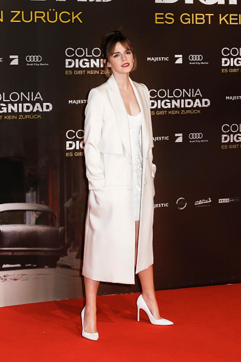 Colonia-Dignidad-Es-gibt-kein-zurueck-Berlin-Premiere-Emma-Watson-1024x1536