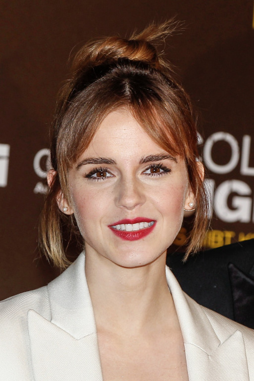 Colonia-Dignidad-Es-gibt-kein-zurueck-Berlin-Premiere-Emma-Watson-Makeup-1024x1536