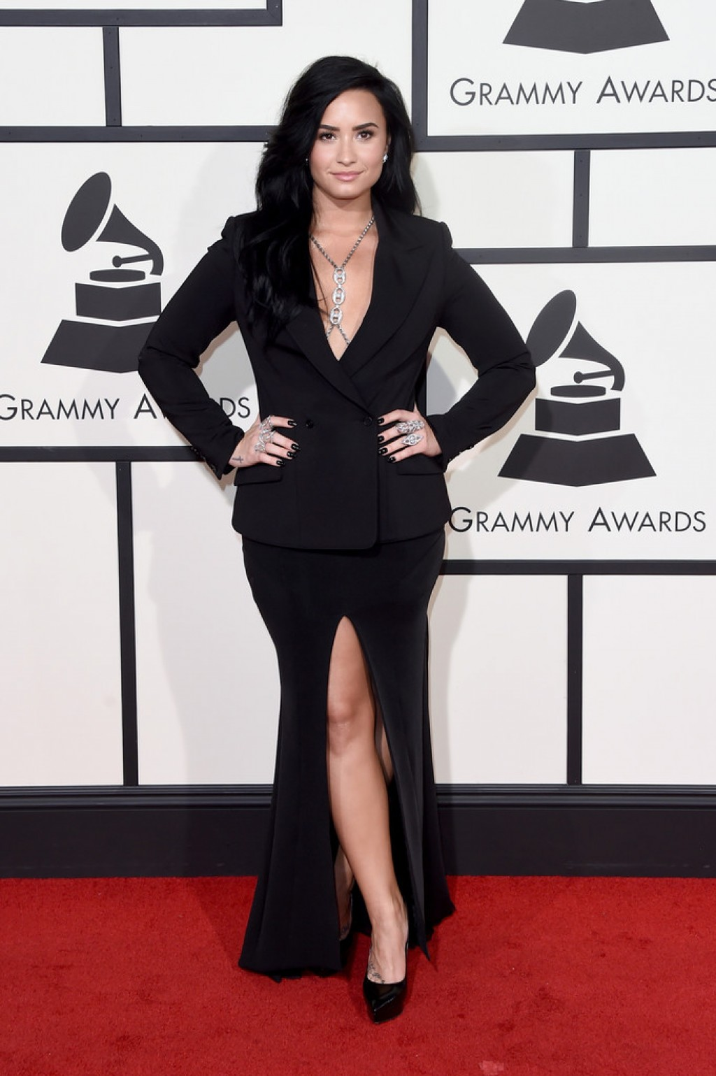 Demi-Lovato-2016-Grammys-1-1024x1539