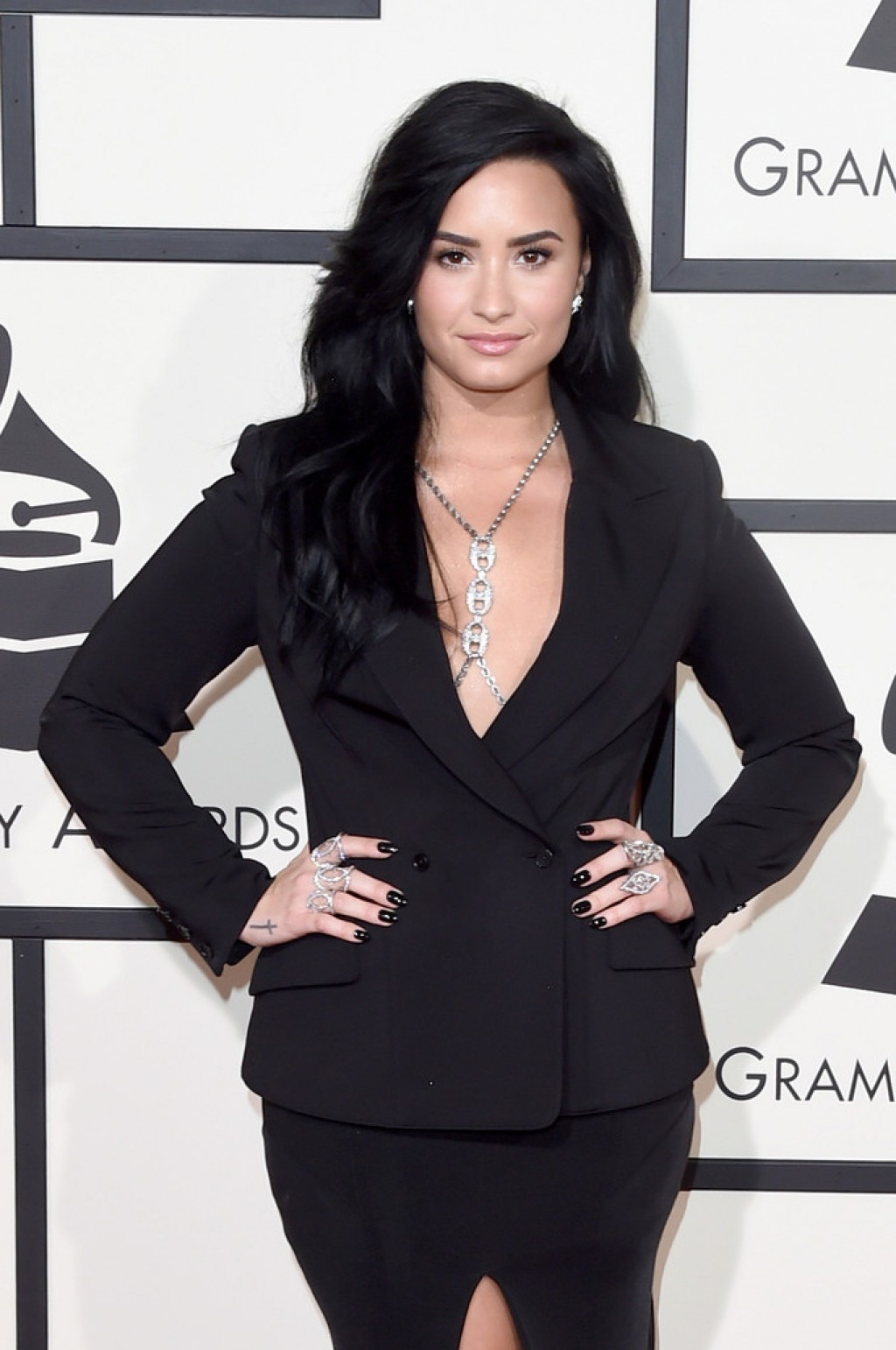 Demi-Lovato-Wearing-Norisol-Ferrari-2016-Grammys-b-1024x1542