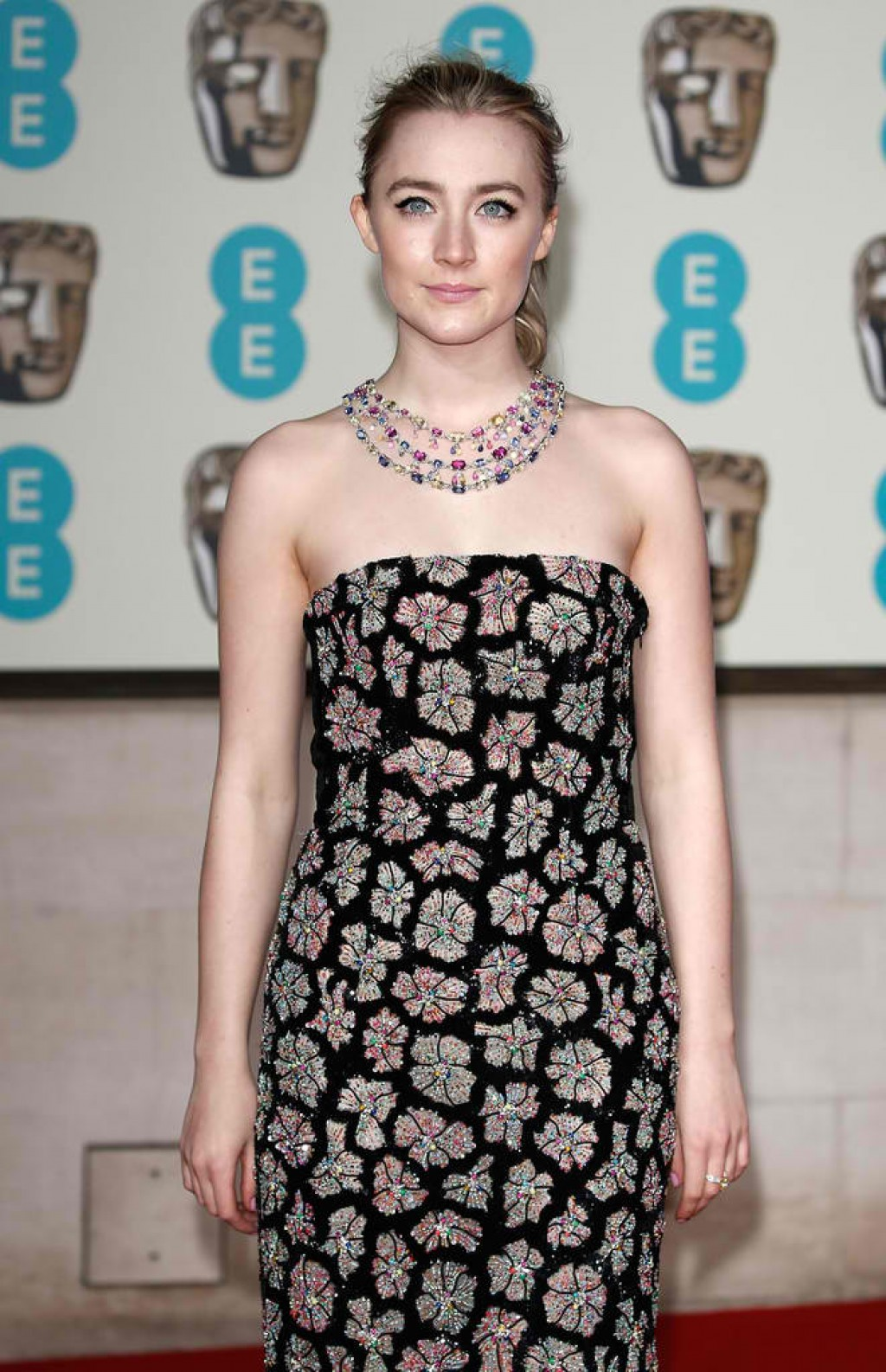 EE-British-Academy-Film-Awards-Saoirse-Ronan-2016-1024x1586