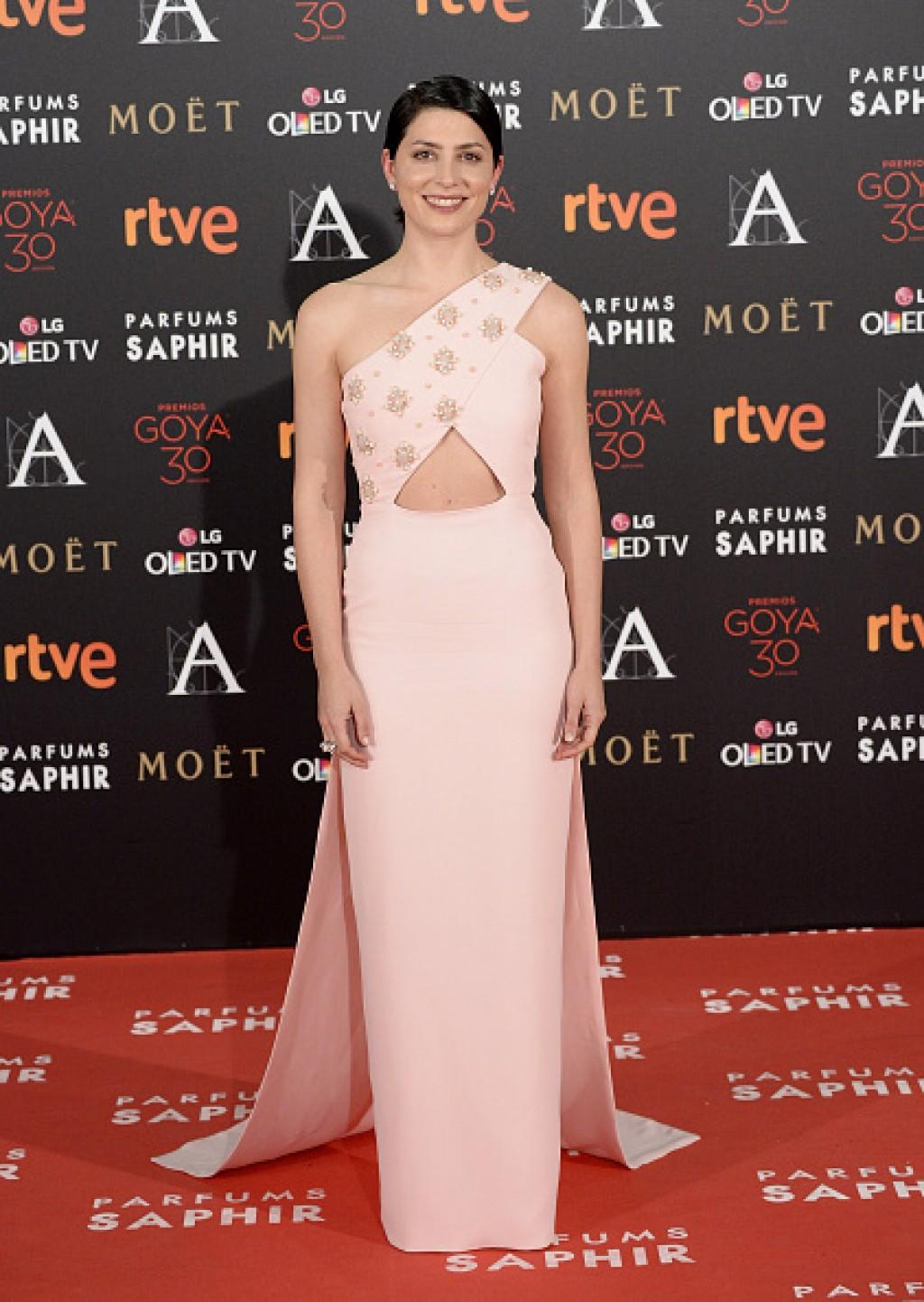 Goya-Cinema-Awards-2016-Barbara-Lennie-1024x1441