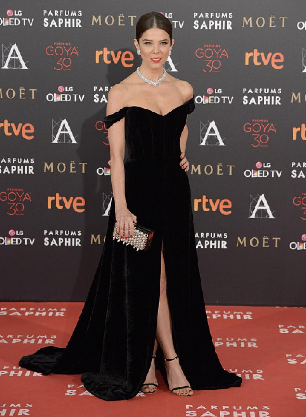 Goya-Cinema-Awards-2016-Juana-Acosta-Gown-1024x1398