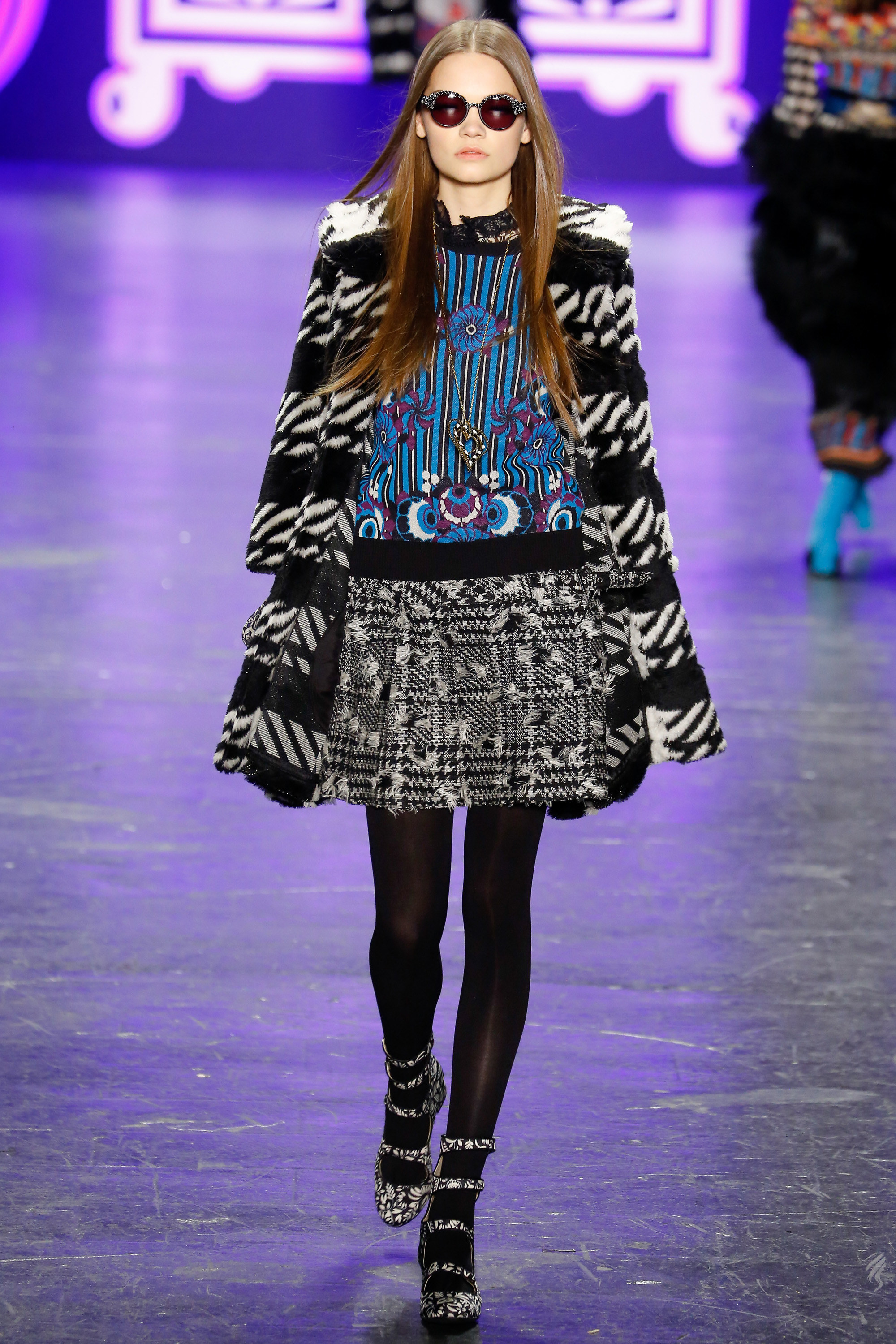 anna-sui-fall-2016-ready-to-wear