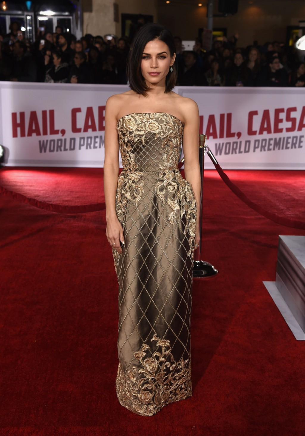 Premiere-of-Universal-Pictures-Hail-Caesar-Jenna-Dewan-Tatum-Dress-1024x1462