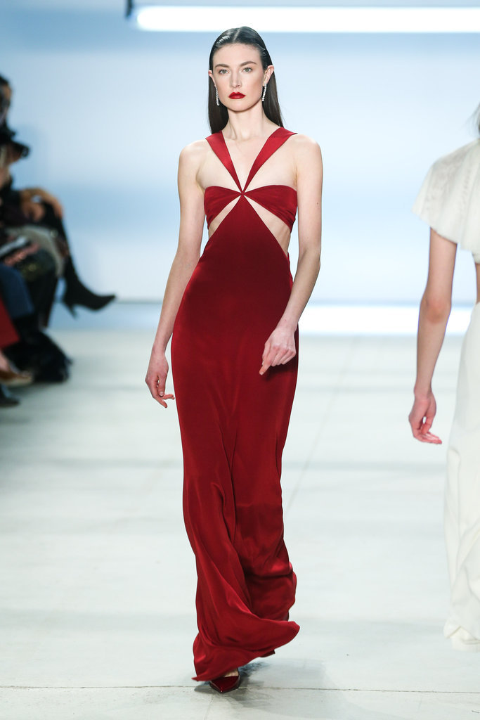 Selena-dress-debuted-Cushnie-et-Ochs-runway-NYFW-three