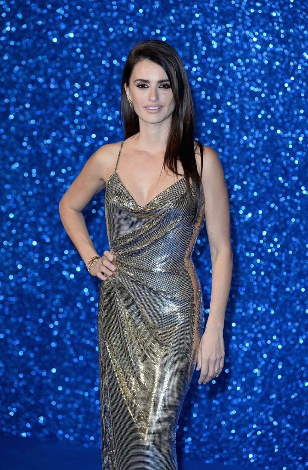 Zoolander-2-London-Premiere-Penelope-Cruz-Half-Shot-1024x1562