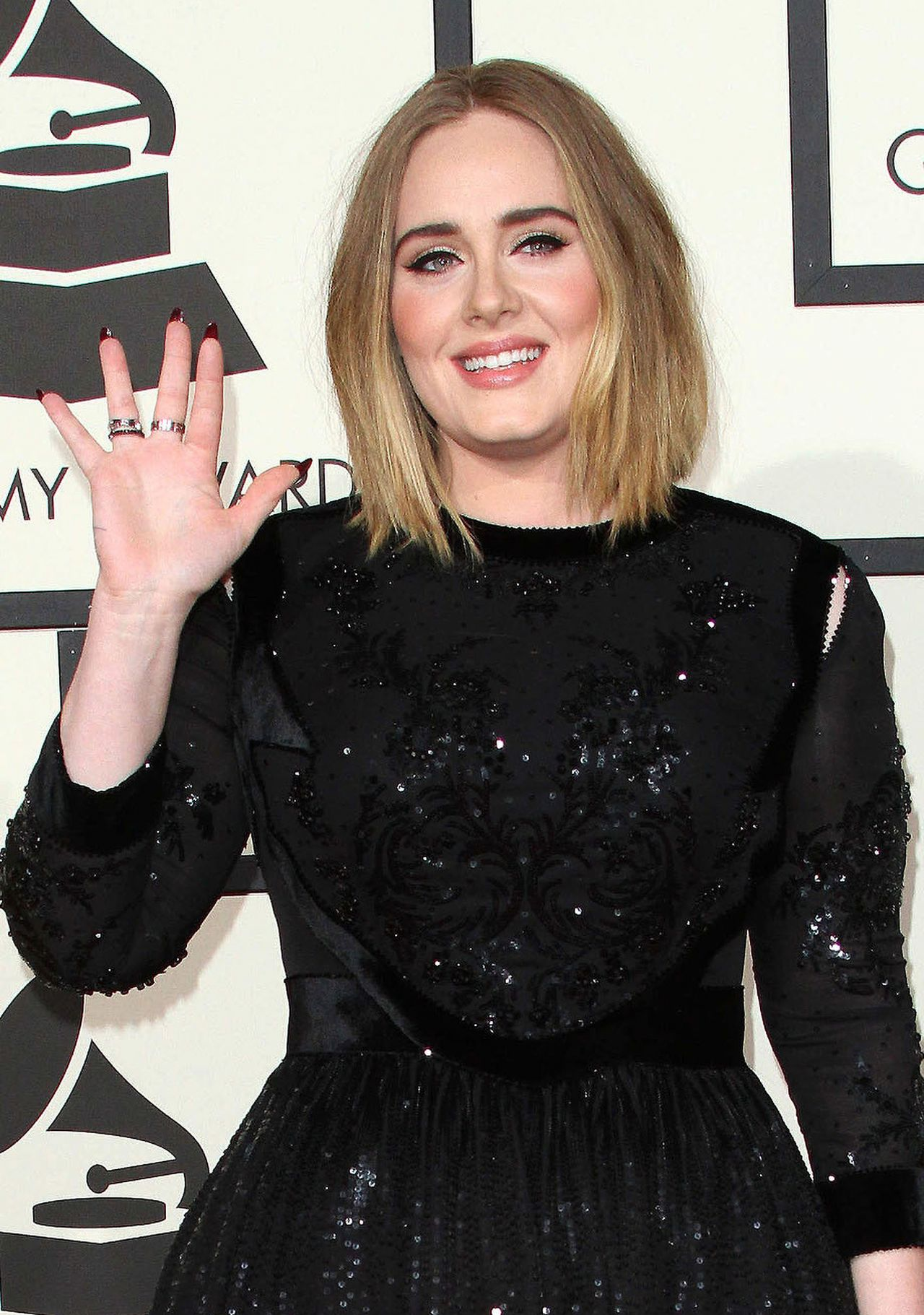 adele-2016-grammy-awards-in-los-angeles-ca-5