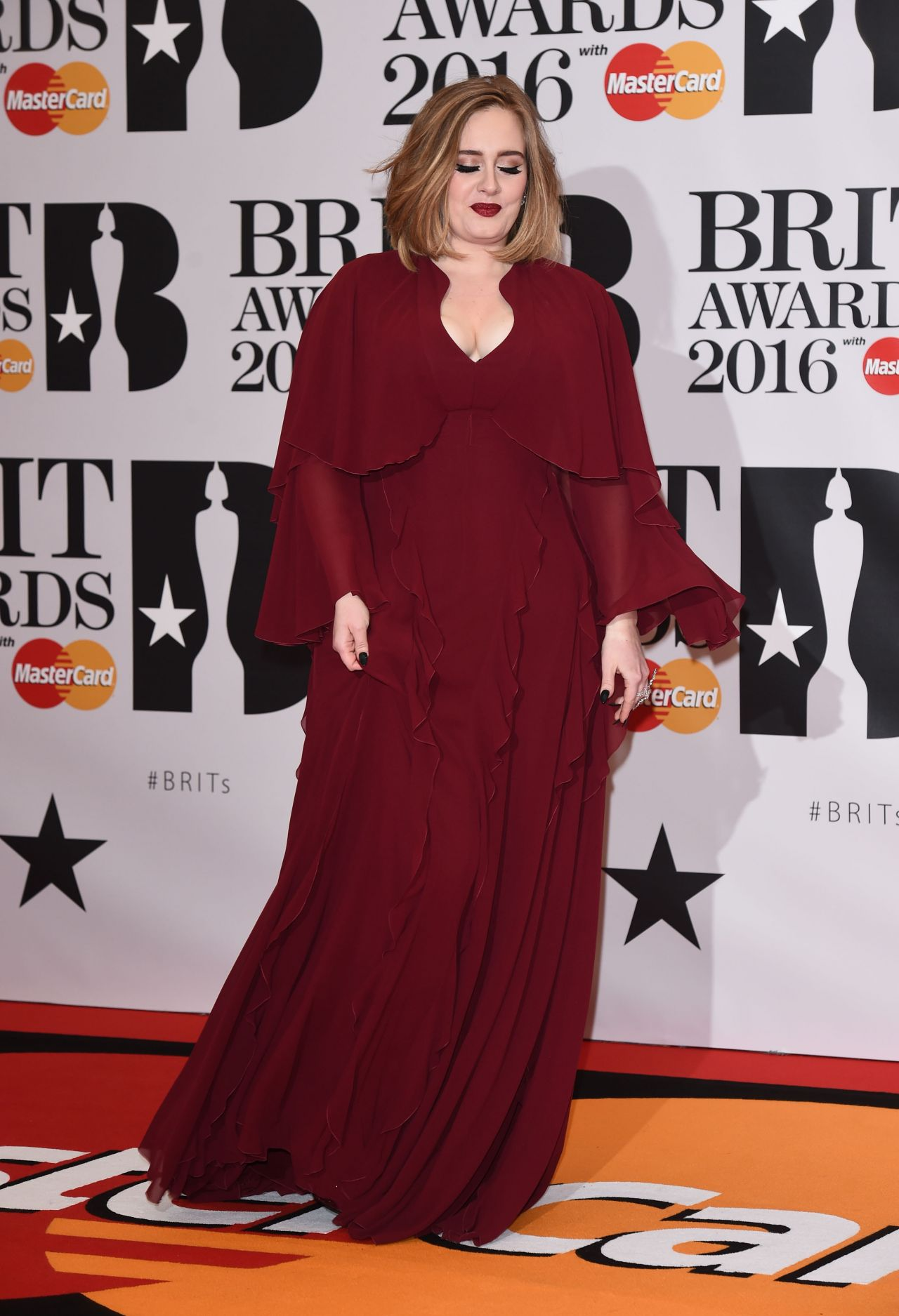 adele-brit-awards-2016-in-london-5