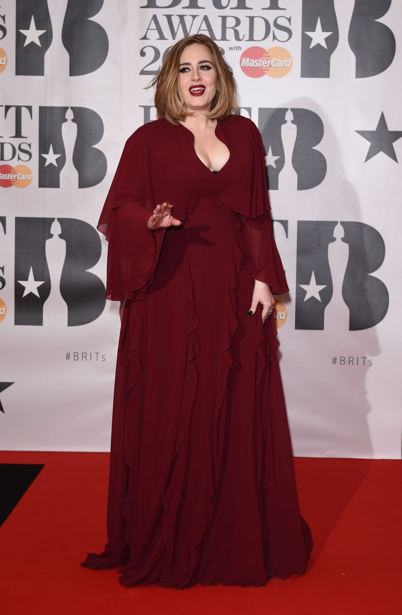 adele-brit-awards-2016-in-london-8