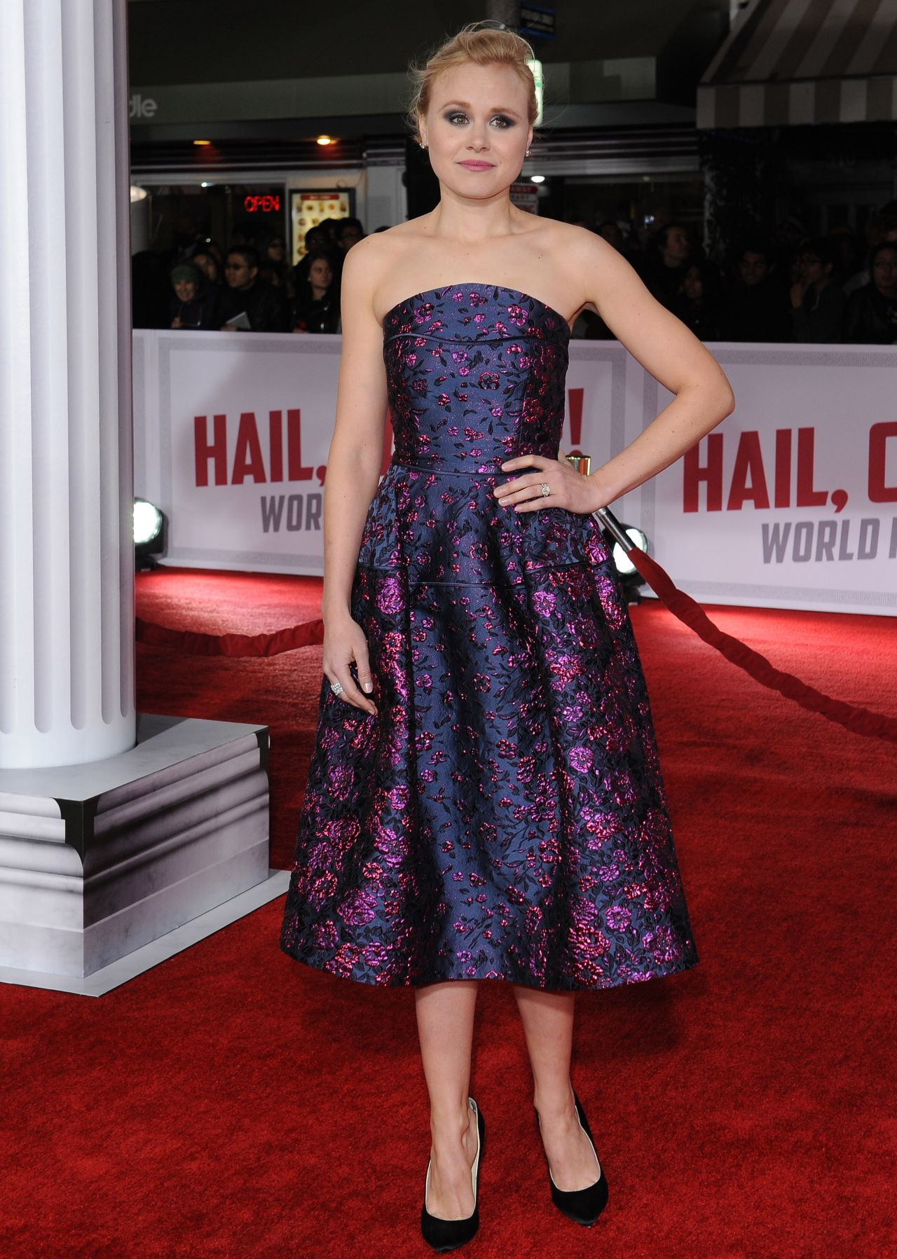alison-pill-hail-caesar-premiere-in-hollywood-4