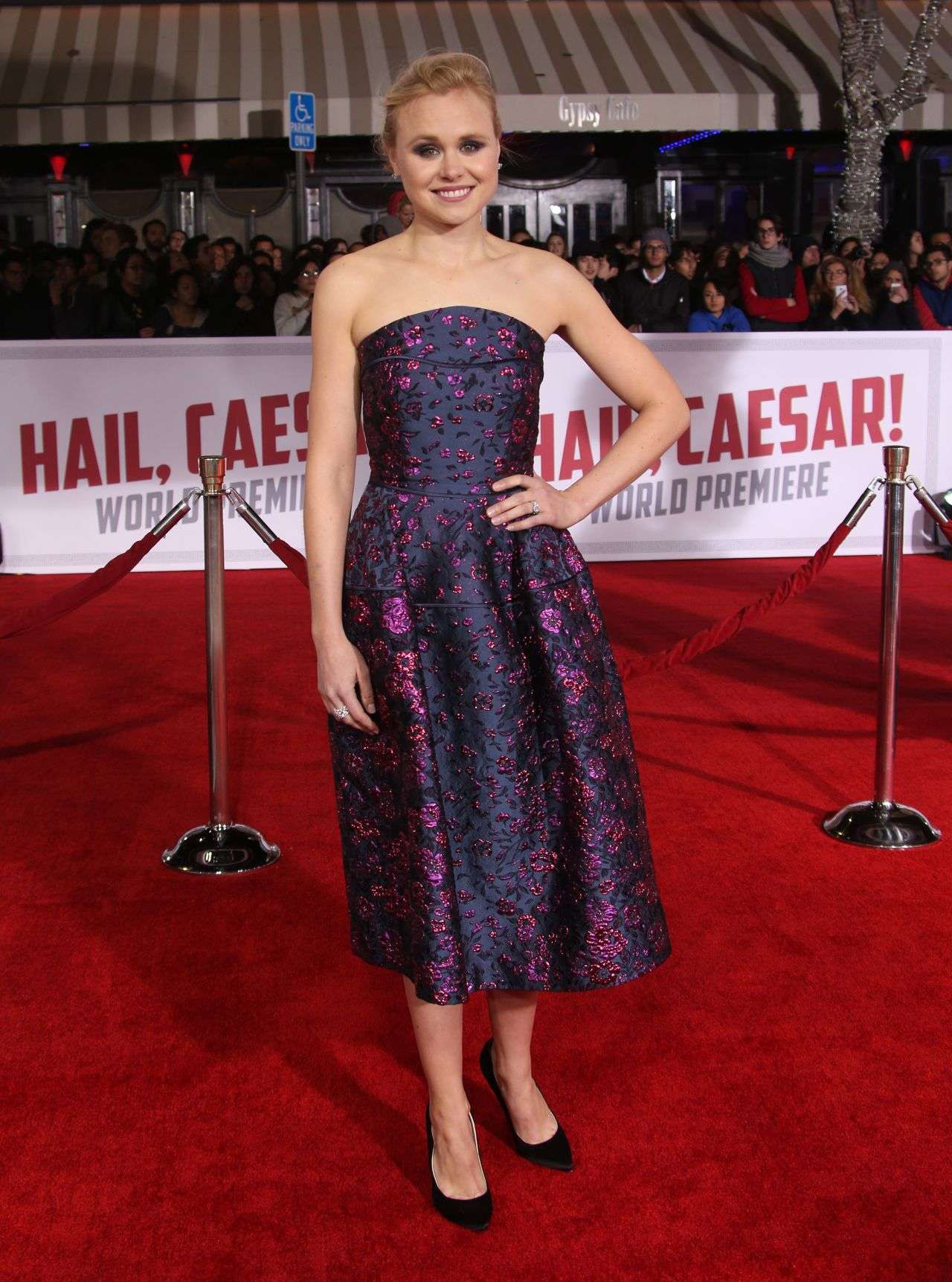 alison-pill-hail-caesar-premiere-in-hollywood-7