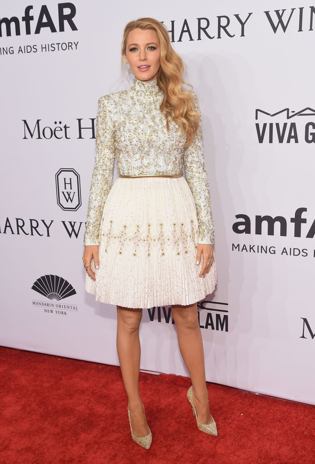 blake-lively-2016-amfar-new-york-gala-in-new-york-city-ny-1