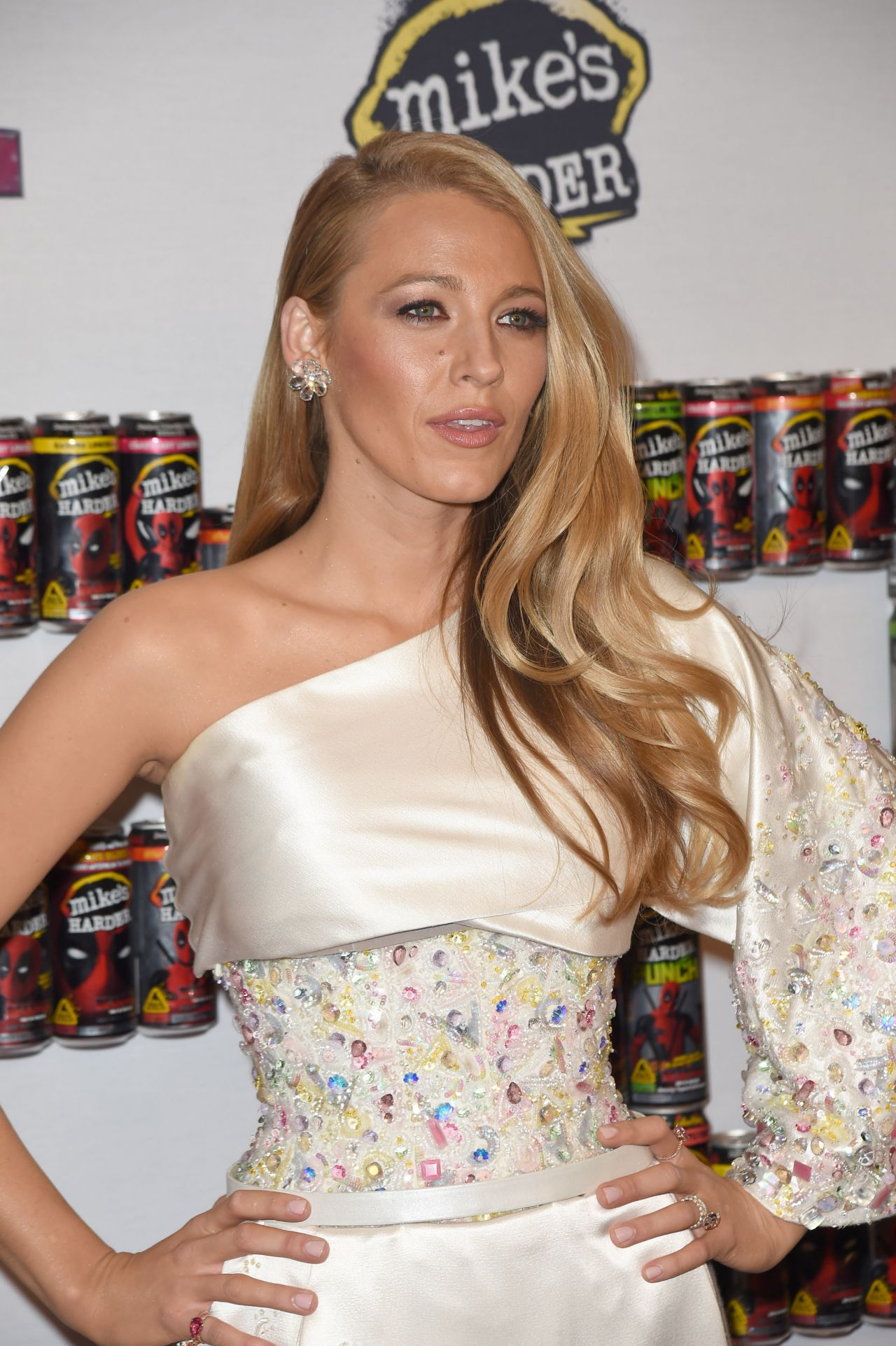 blake-lively-deadpool-movie-fan-event-in-new-york-city-2-8-2016-5