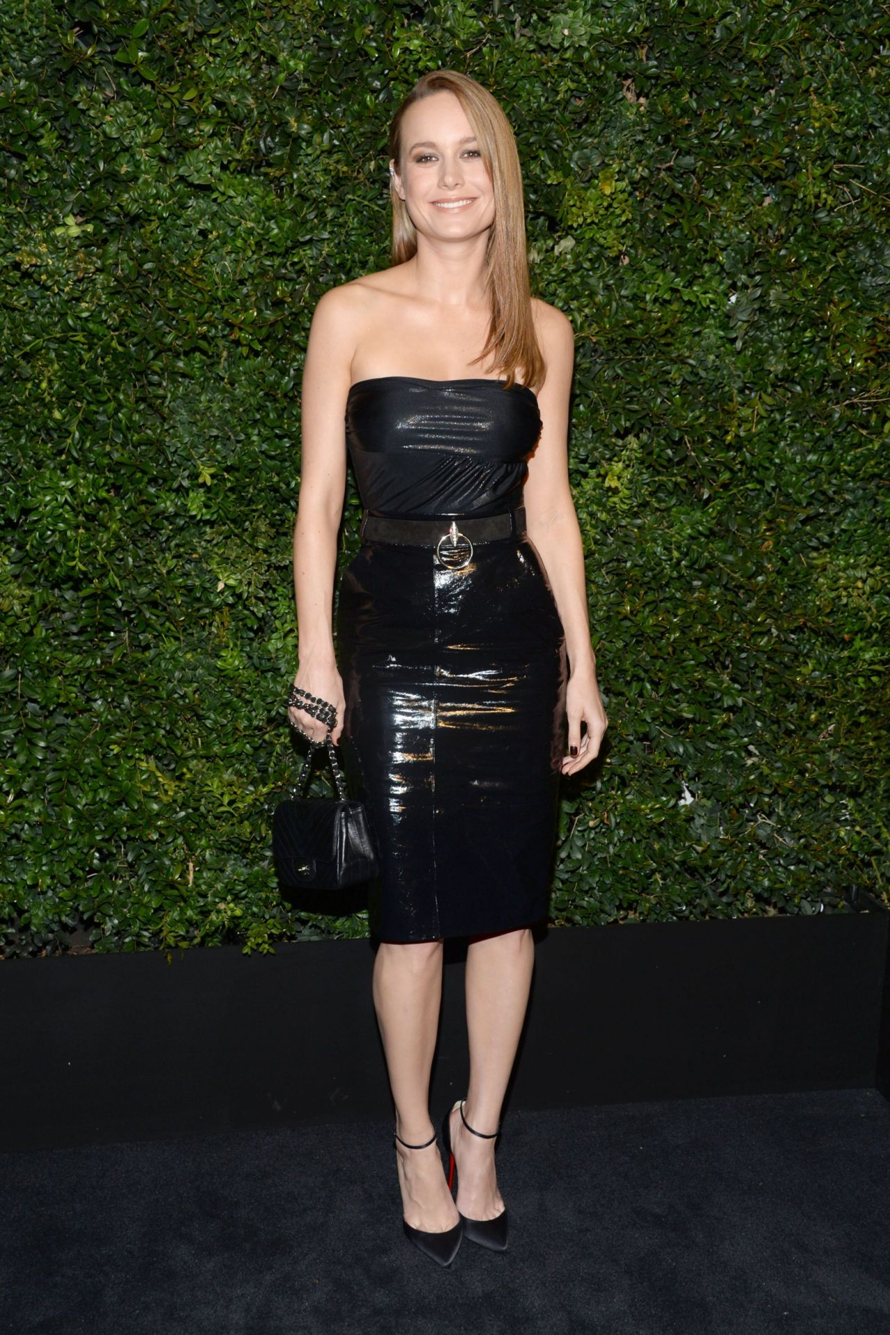 brie-larson-chanel-and-charles-finch-oscar-party-in-los-angeles-ca-2-27-2016-2