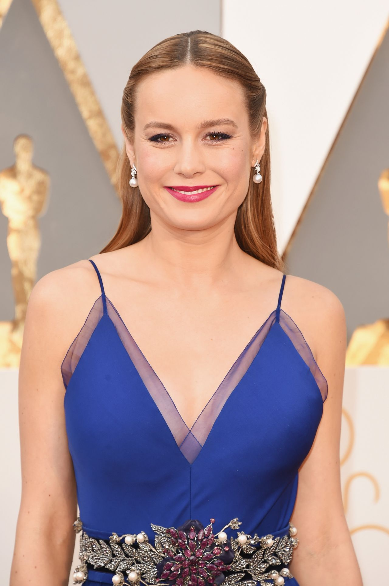 brie-larson-oscars-2016-in-hollywood-ca-2-28-2016-1