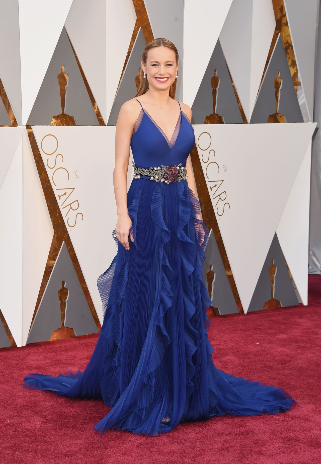 brie-larson-oscars-2016-in-hollywood-ca-2-28-2016-2