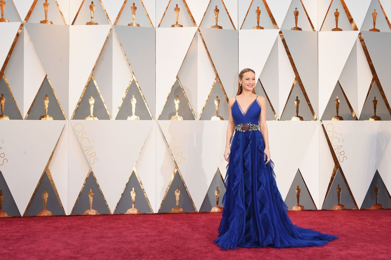 brie-larson-oscars-2016-in-hollywood-ca-2-28-2016-3