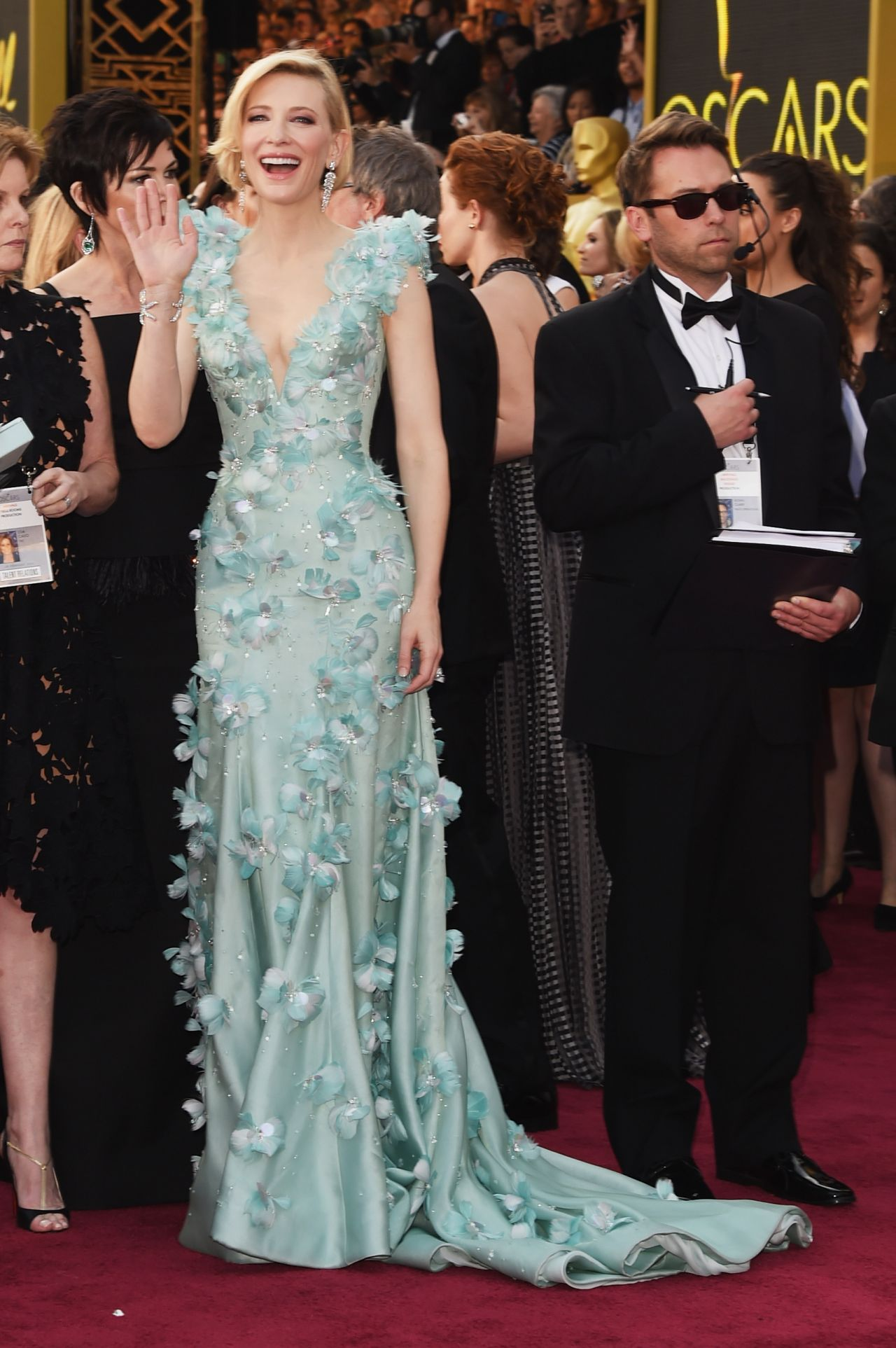 cate-blanchett-oscars-2016-in-hollywood-ca-2-28-2016-4