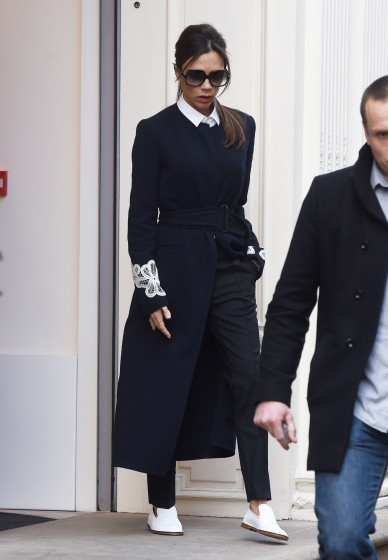 Victoria -Beckham- Steps -Out -In- London-february-23,-2016