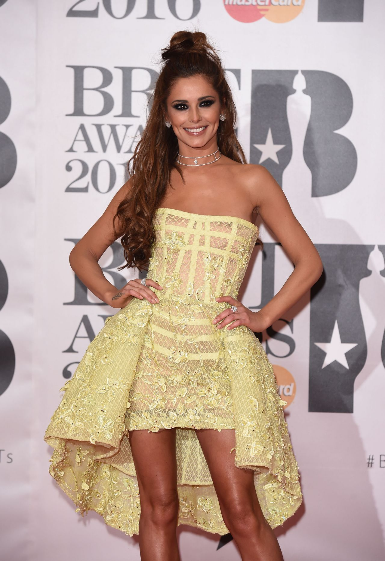cheryl-fernandez-versini-brit-awards-2016-in-london-uk-11
