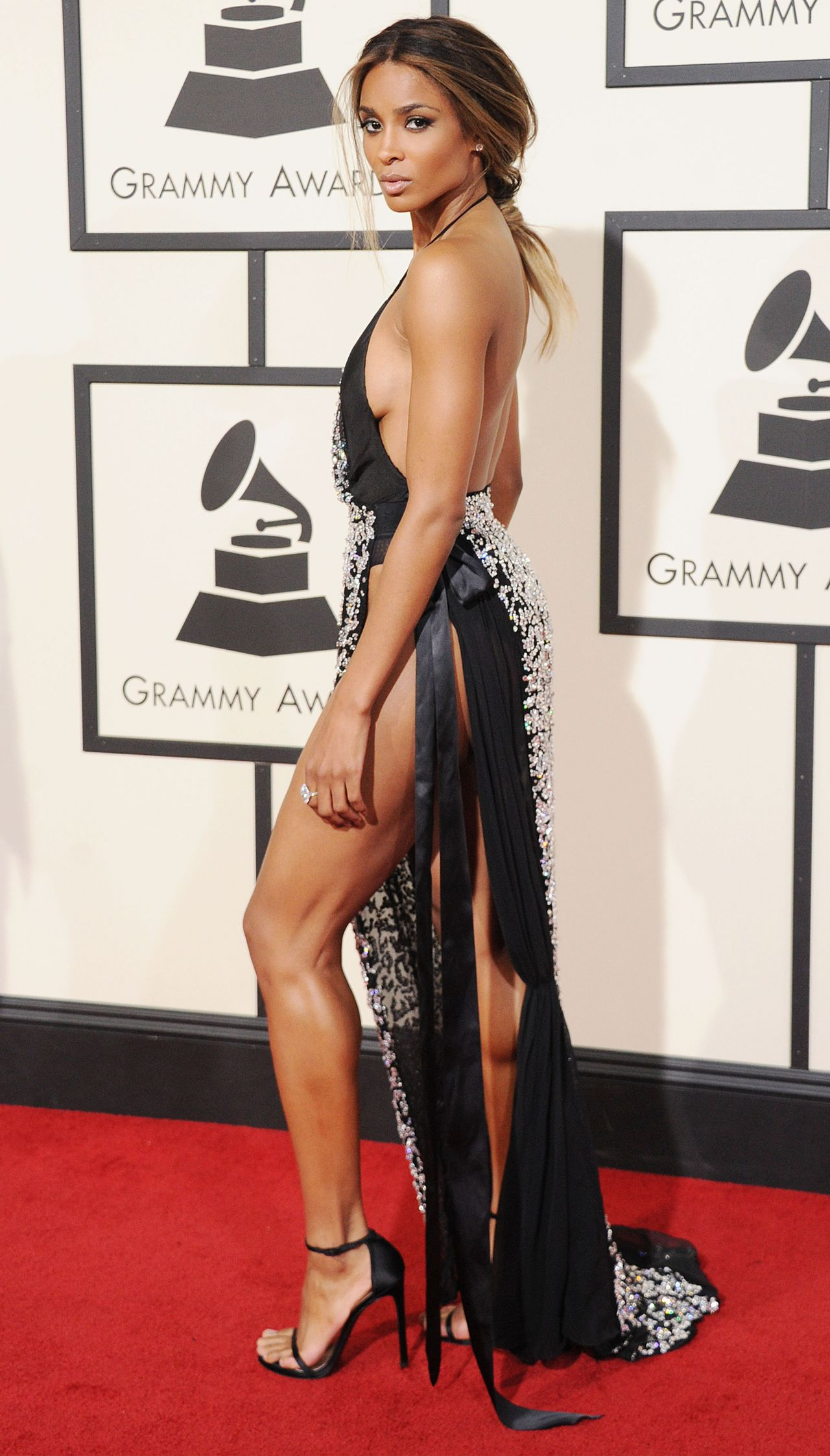 ciara-2016-grammy-awards-in-los-angeles-ca-1
