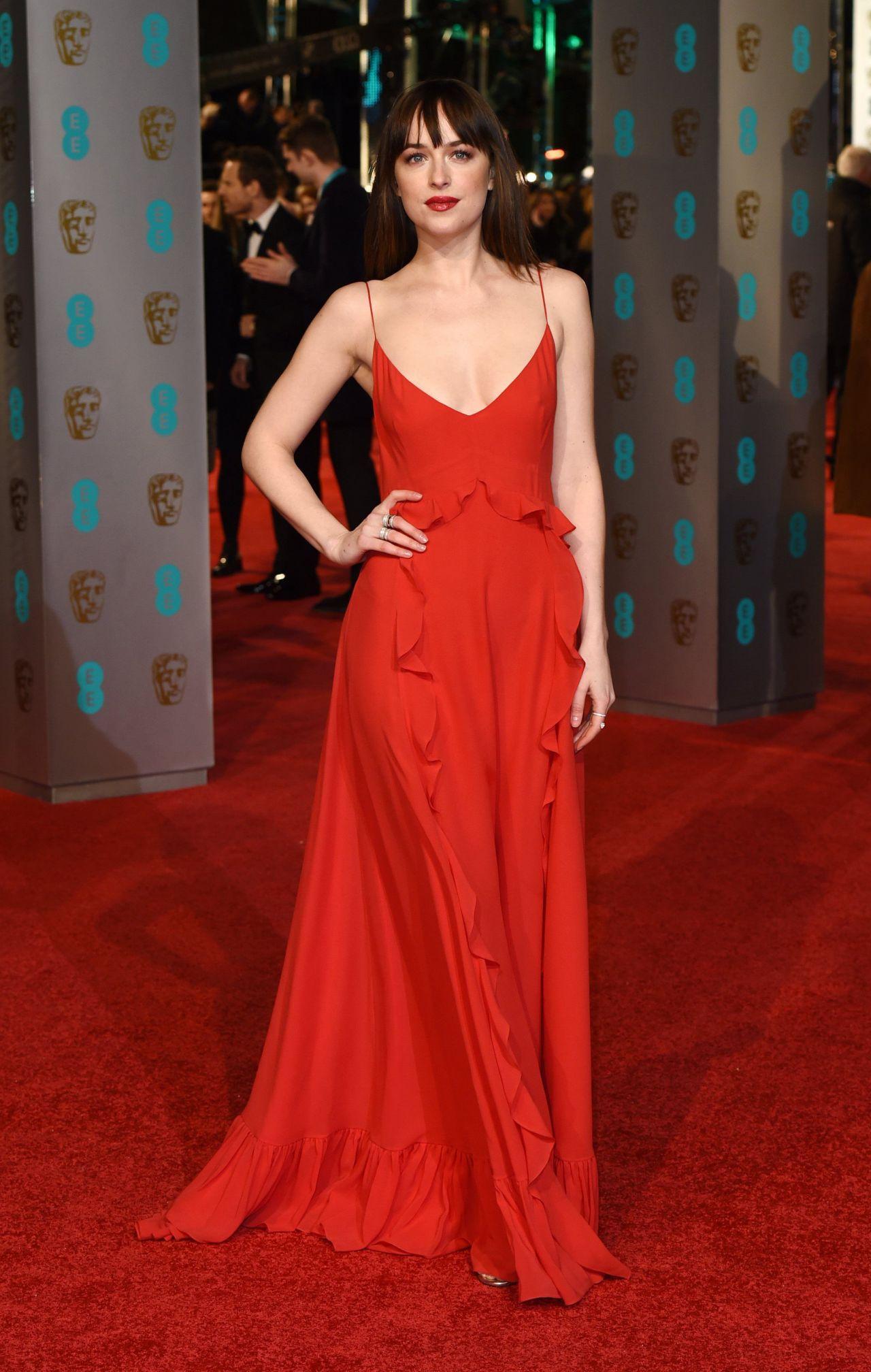 dakota-johnson-bafta-film-awards-2016-in-london-1
