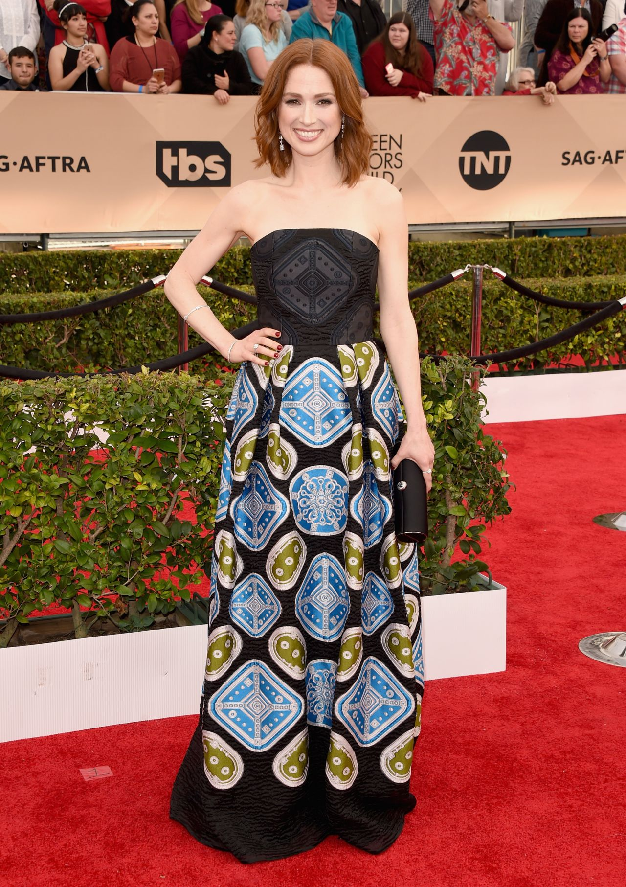ellie-kemper-sag-awards-2016-at-shrine-auditorium-in-los-angeles-4