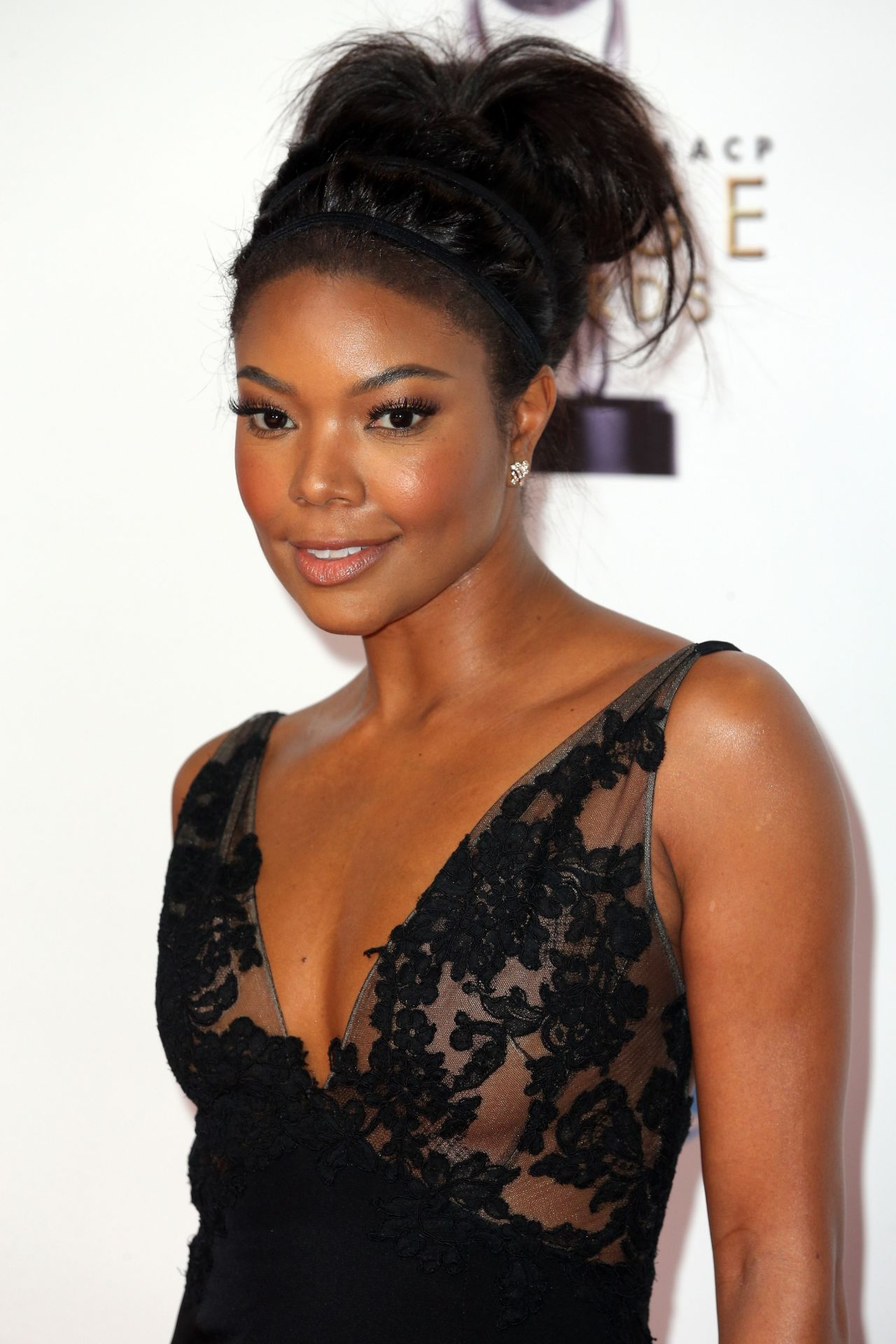 gabrielle-union-naacp-image-awards-2016-presented-by-tv-one-in-pasadena-ca-6