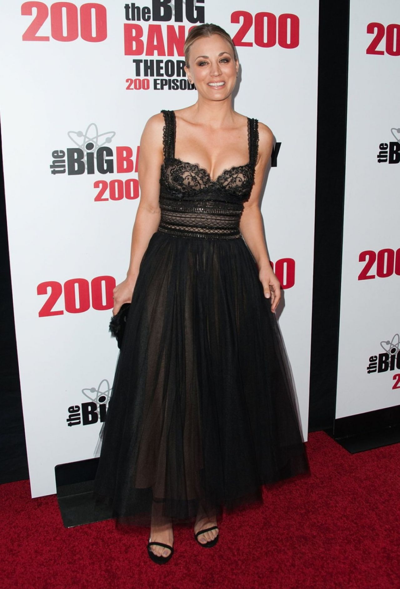 kaley-cuoco-cbs-s-the-big-bang-theory-celebrates-200th-episode-in-los-angeles-1