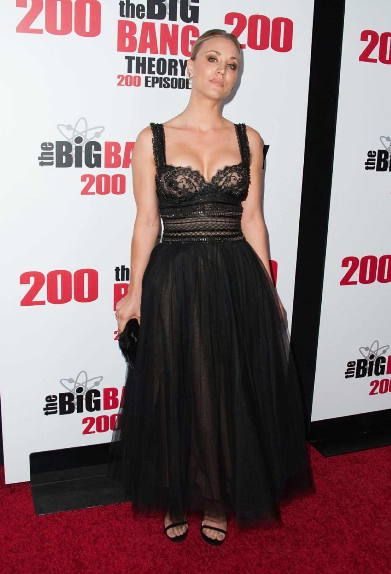 kaley-cuoco-cbs-s-the-big-bang-theory-celebrates-200th-episode-in-los-angeles-5