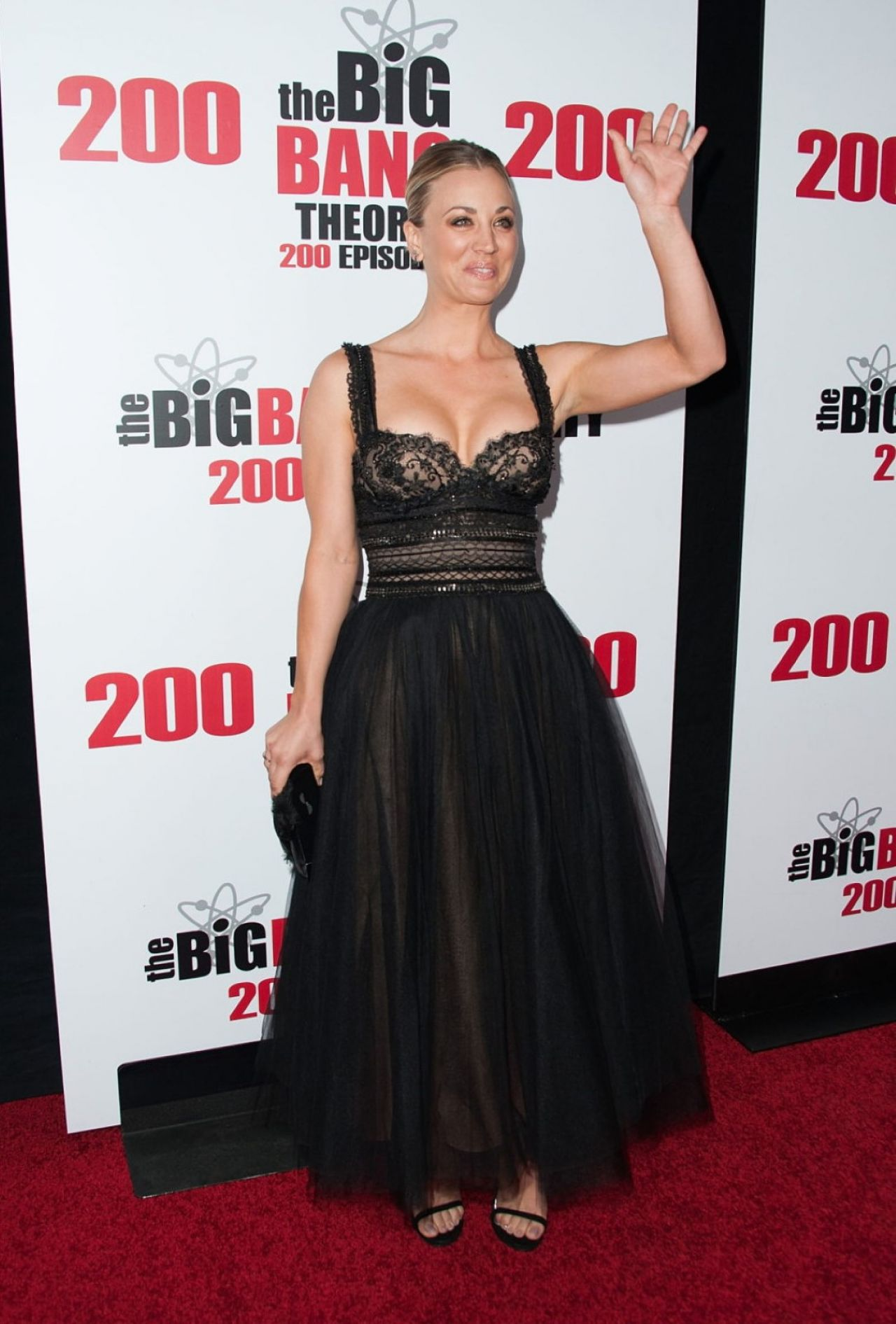 kaley-cuoco-cbs-s-the-big-bang-theory-celebrates-200th-episode-in-los-angeles-6