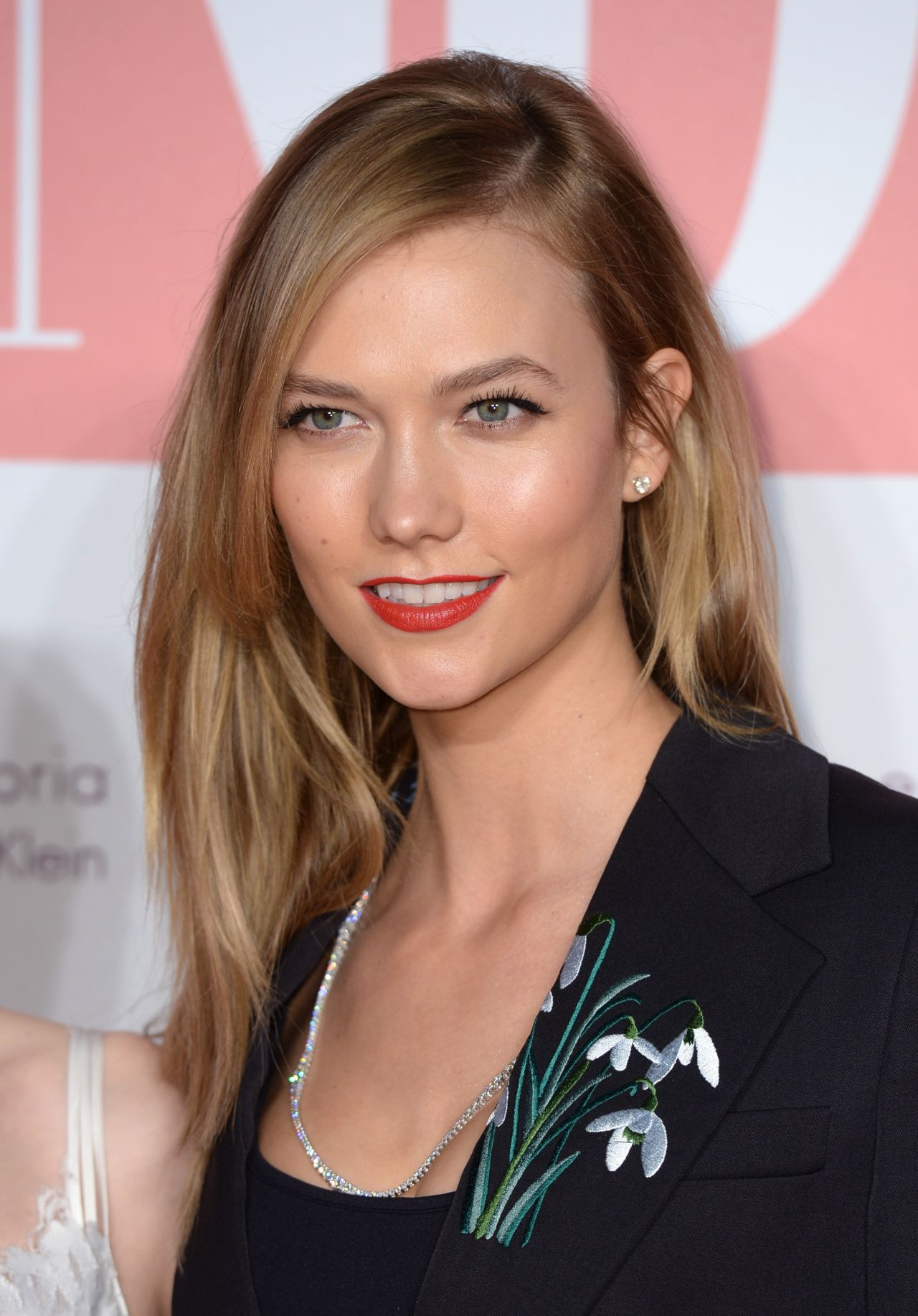 karlie-kloss-the-naked-heart-foundation-fabulous-fund-fair-fashion-party-in-london-january-2016-8