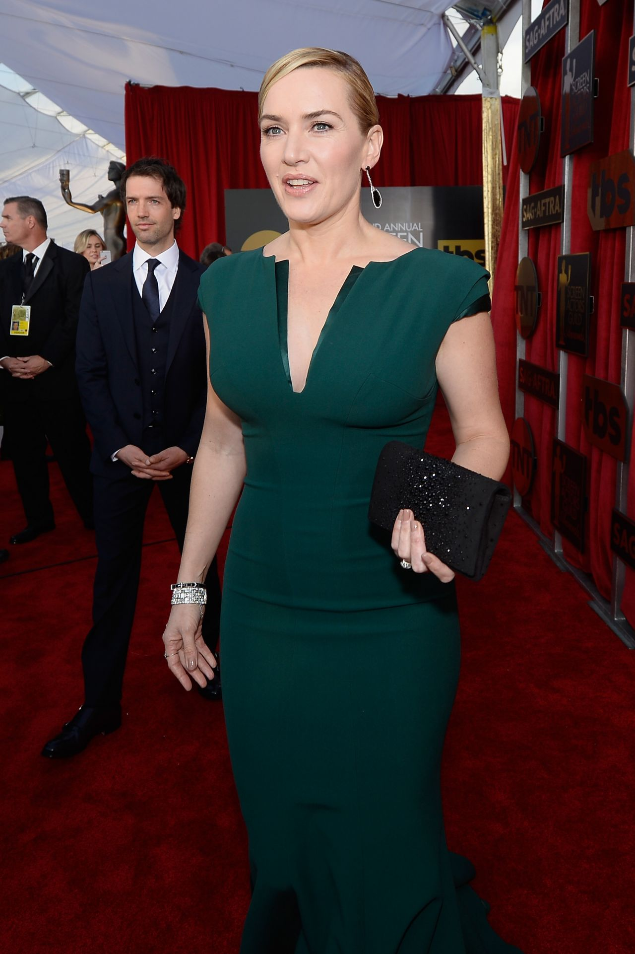 kate-winslet-sag-awards-2016-at-shrine-auditorium-in-los-angeles-1