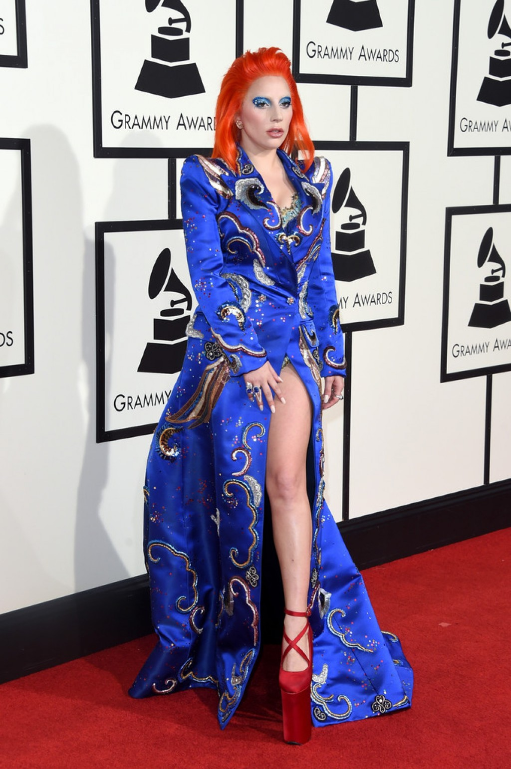 lady-gaga-2016-grammy-marc-jacobs-look-1024x1542