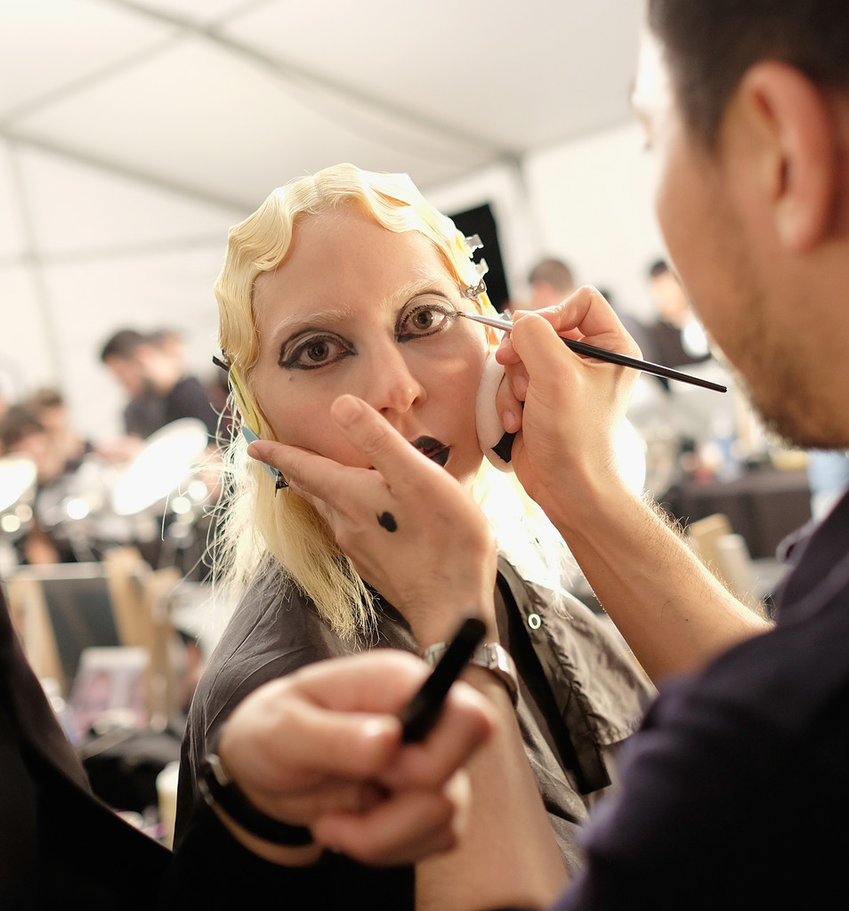 lady-gaga-marc-jacobs-nyfw-makeup