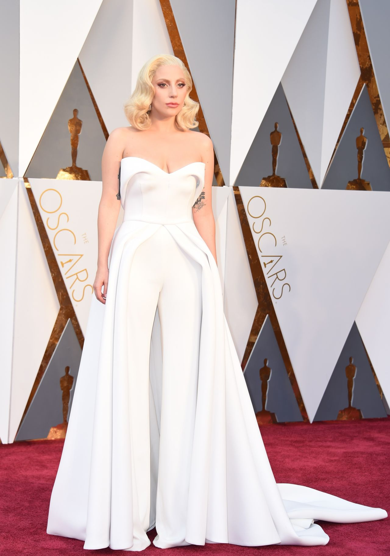 lady-gaga-oscars-2016-in-hollywood-ca-2-28-2016-1