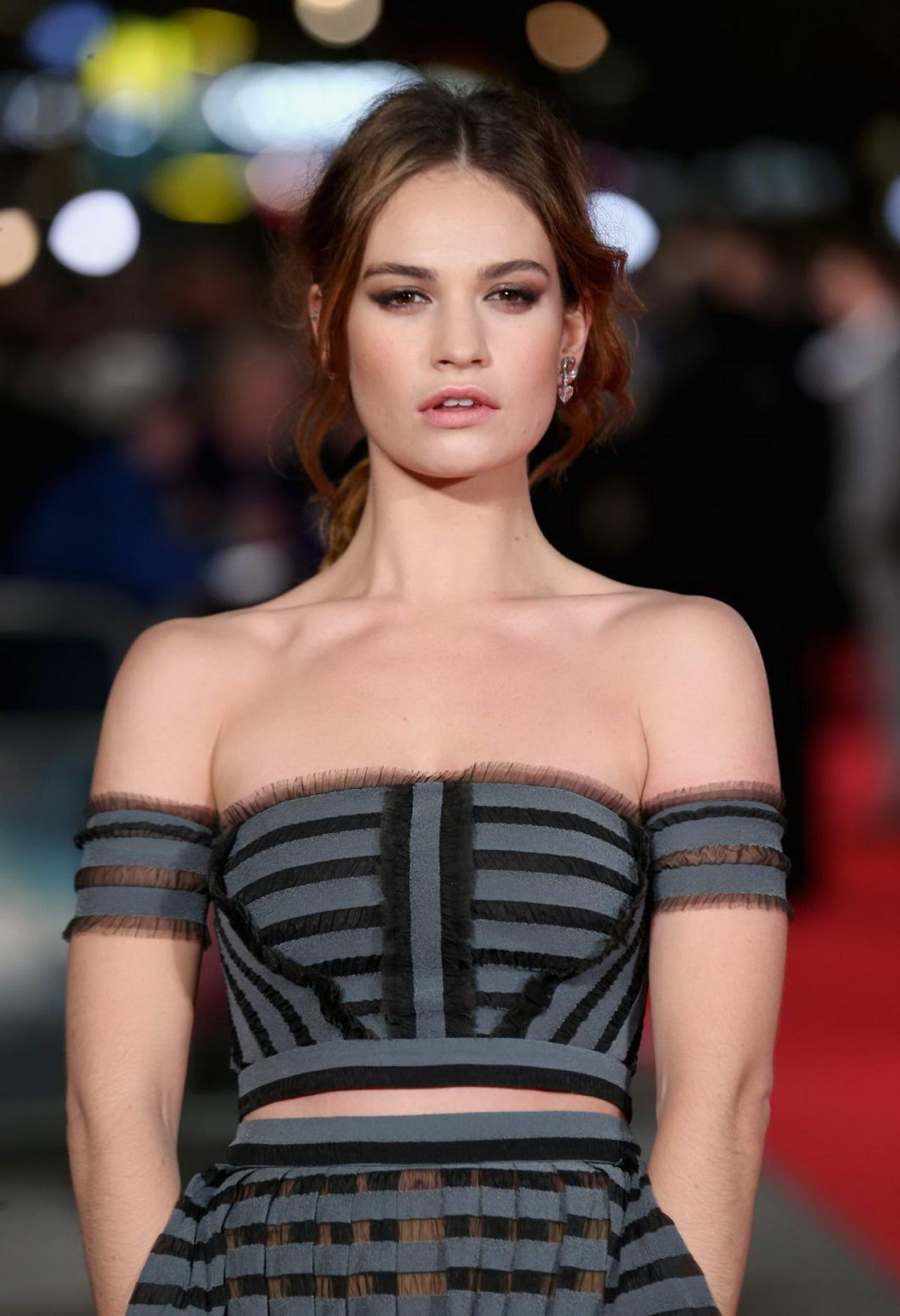lily-james-pride-prejudice-zombies-premiere-in-london-1