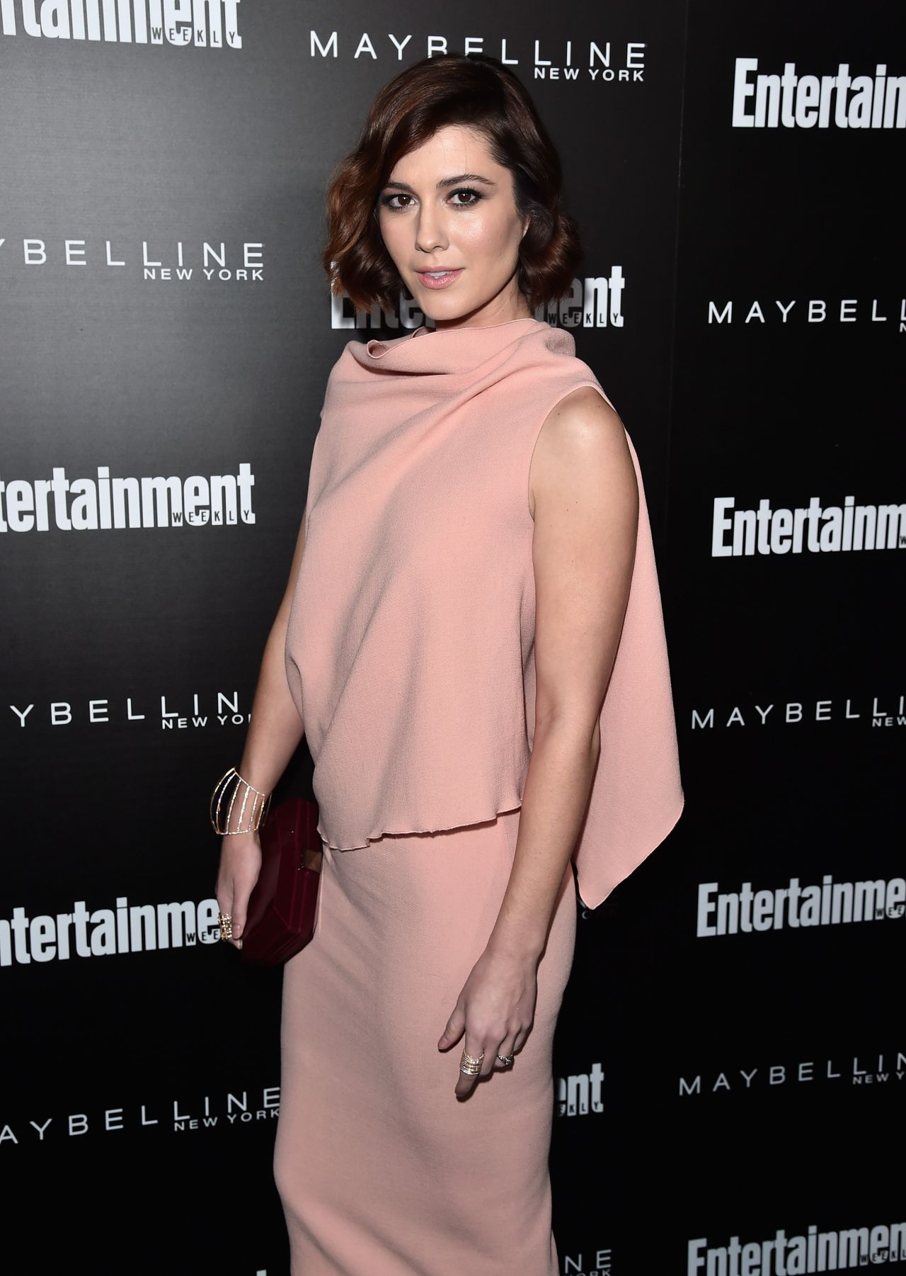 mary-elizabeth-winstead-ew-s-celebration-honoring-the-screen-actors-guild-in-los-angeles-january-2016-1