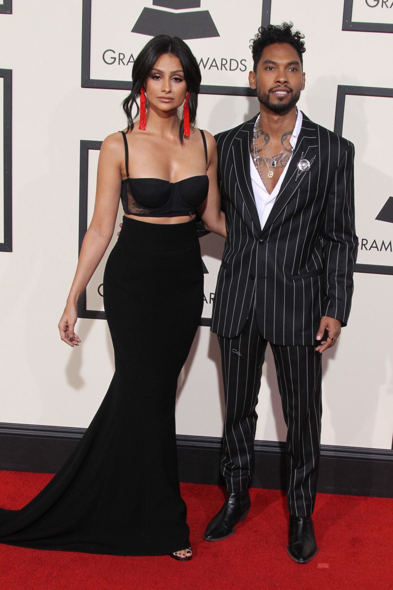 nazanin-mandi-2016-grammy-awards-in-los-angeles-ca-1-1
