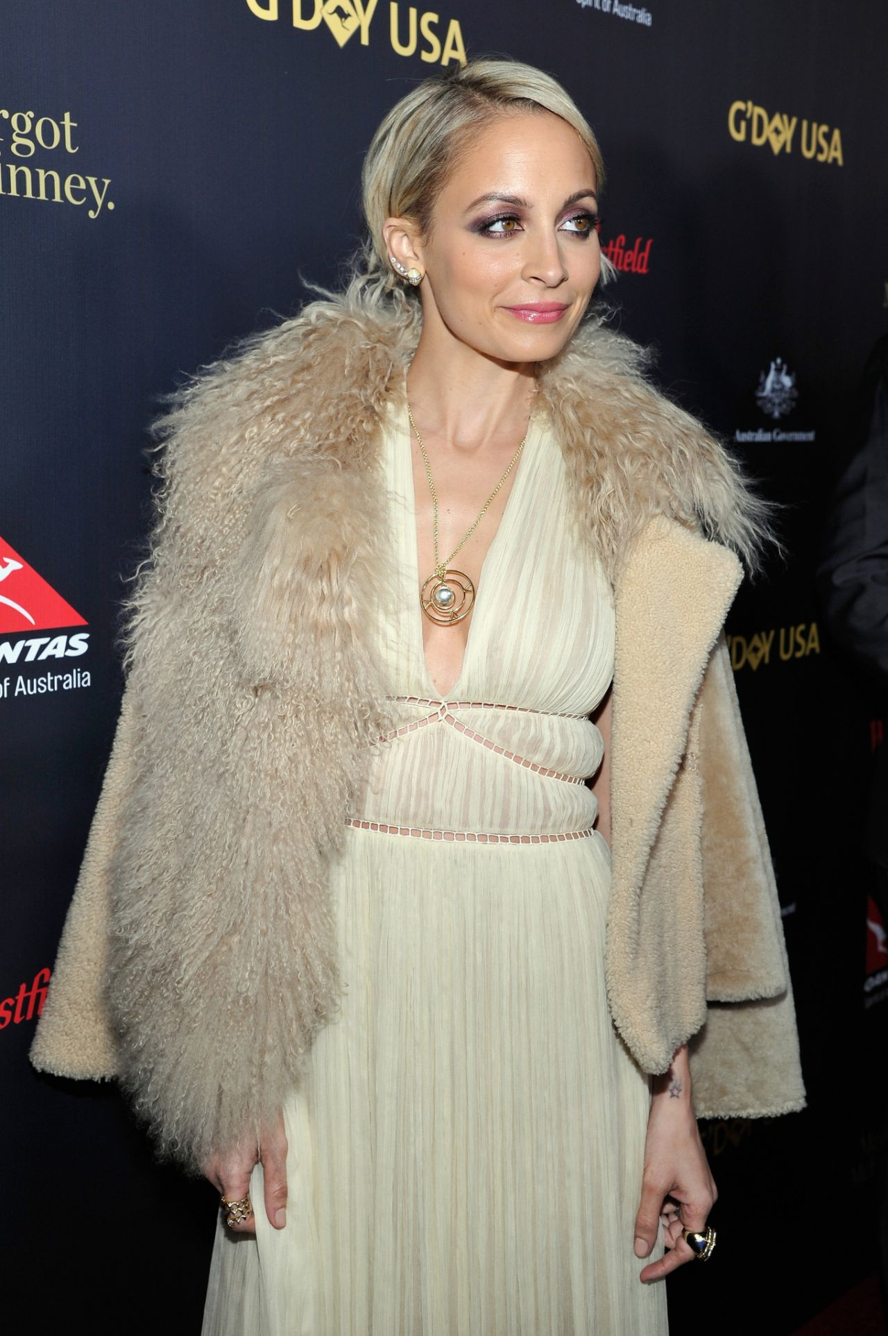nicole-richie-2016-g-day-los-angeles-gala-in-los-angeles-10