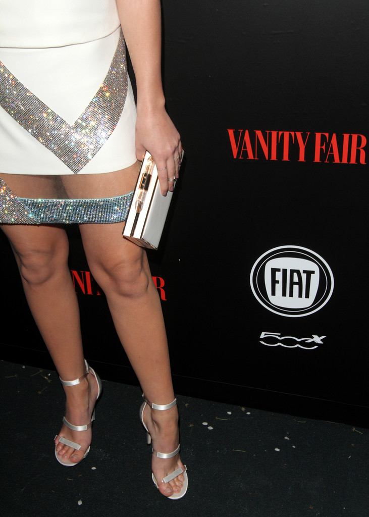 olivia-holt-young-hollywood-versace-clutch