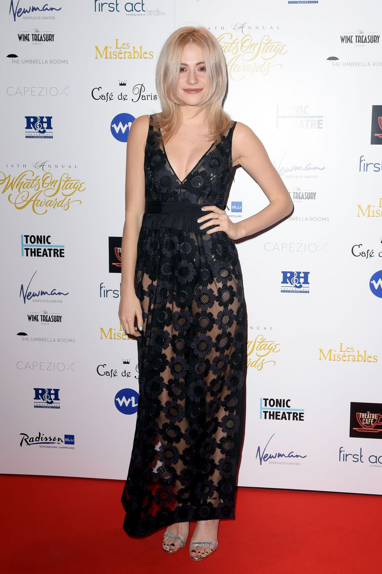pixie-lott-2016-whatsonstage-awards-in-london-10