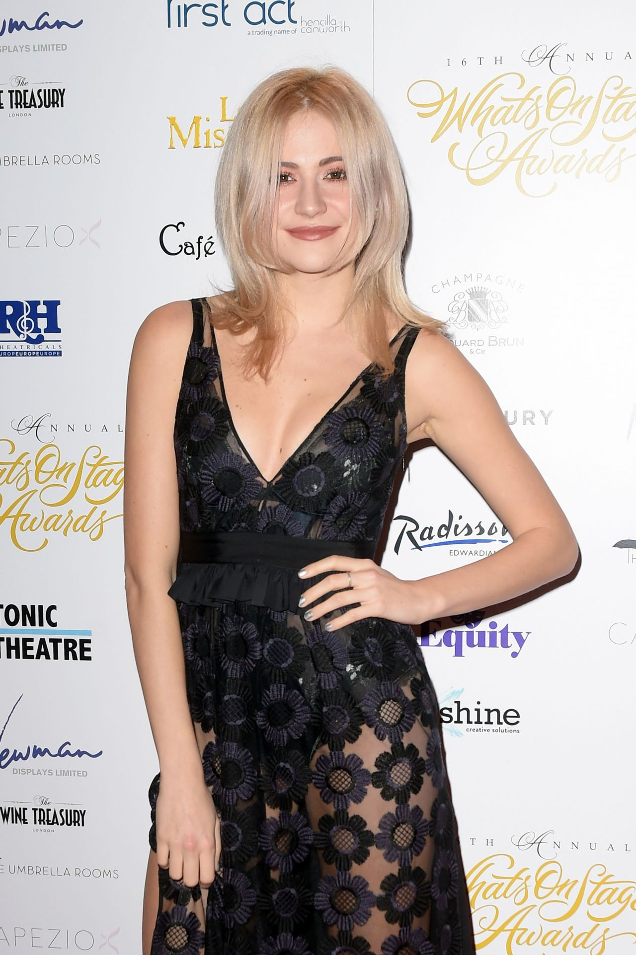 pixie-lott-2016-whatsonstage-awards-in-london-11